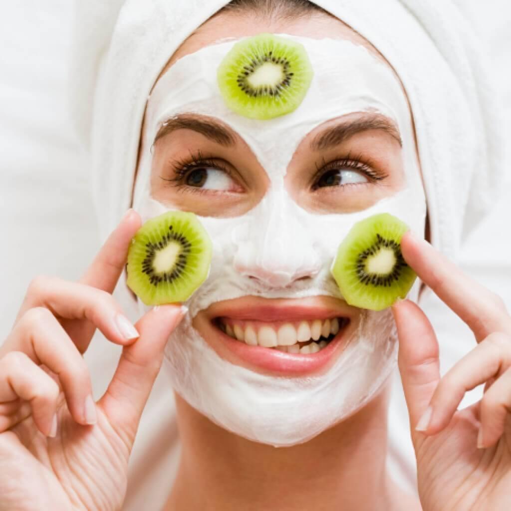 Чем полезны маски для лица в домашних условиях