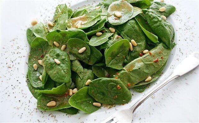 Листья амаранта