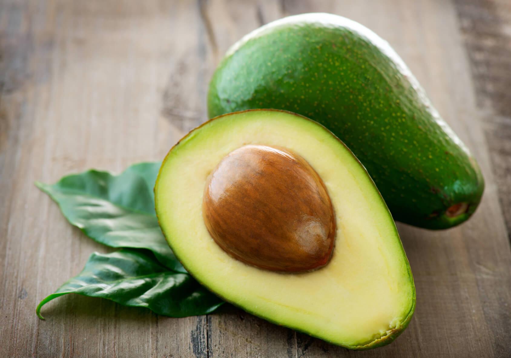 Полезные вещества в авокадо