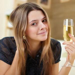 Шампанское поднимает настроение