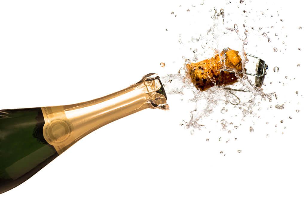 Шампанское 🍾: виды и польза для организма