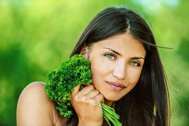 Зелень в косметологии