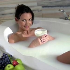 Молочная ванна для кожи