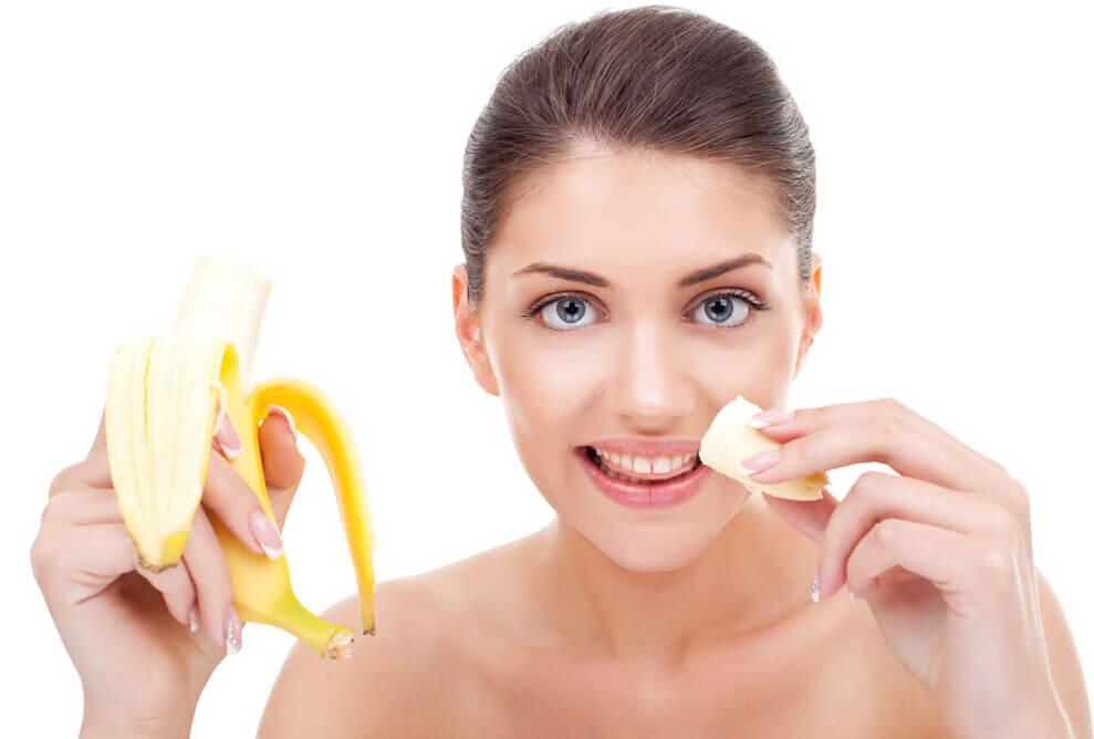 Маски для лица в домашних условиях от морщин с бананом