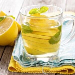 Польза от лимонной воды