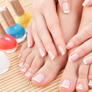 Витаминизированные лаки для ногтей