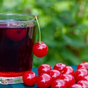 Использование вишни в альтернативной медицине