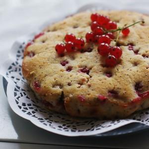 Десерт из красной смородины