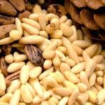 Орехи пинии