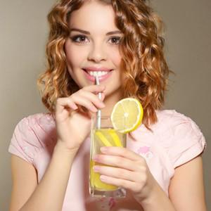 Употребление лимонада