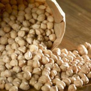 Зерна турецкого гороха
