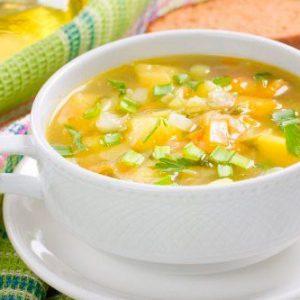Луковый суп с капустой и морковью