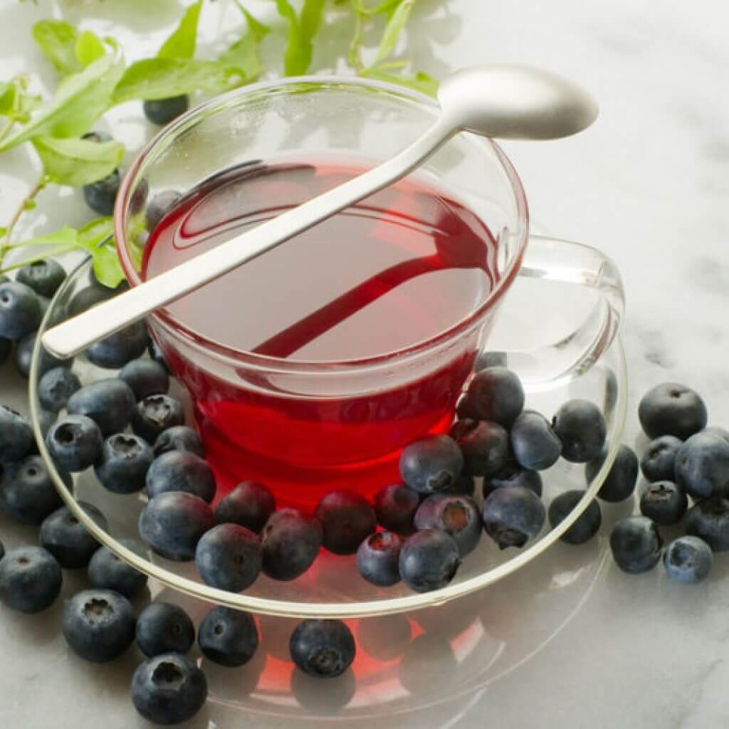 Чай с черникой - польза, как заваривать