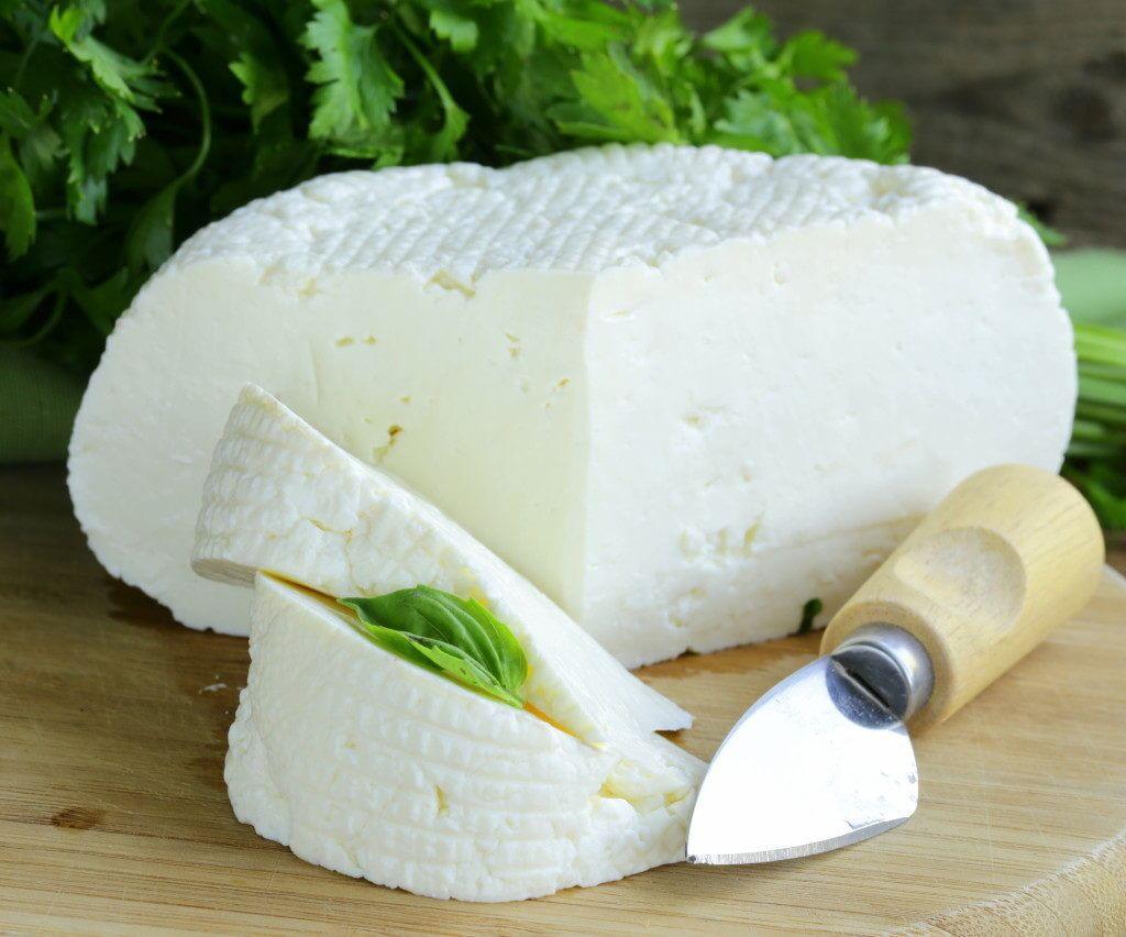 Как сварить адыгейский сыр