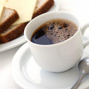 Кофе с тостами и сыром