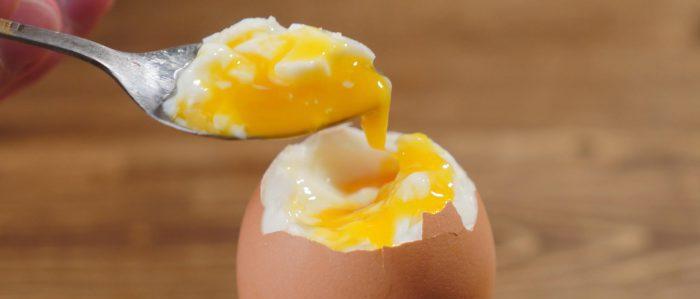 Куриное яйцо всмятку