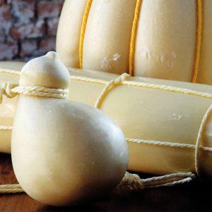 Сыр проволоне