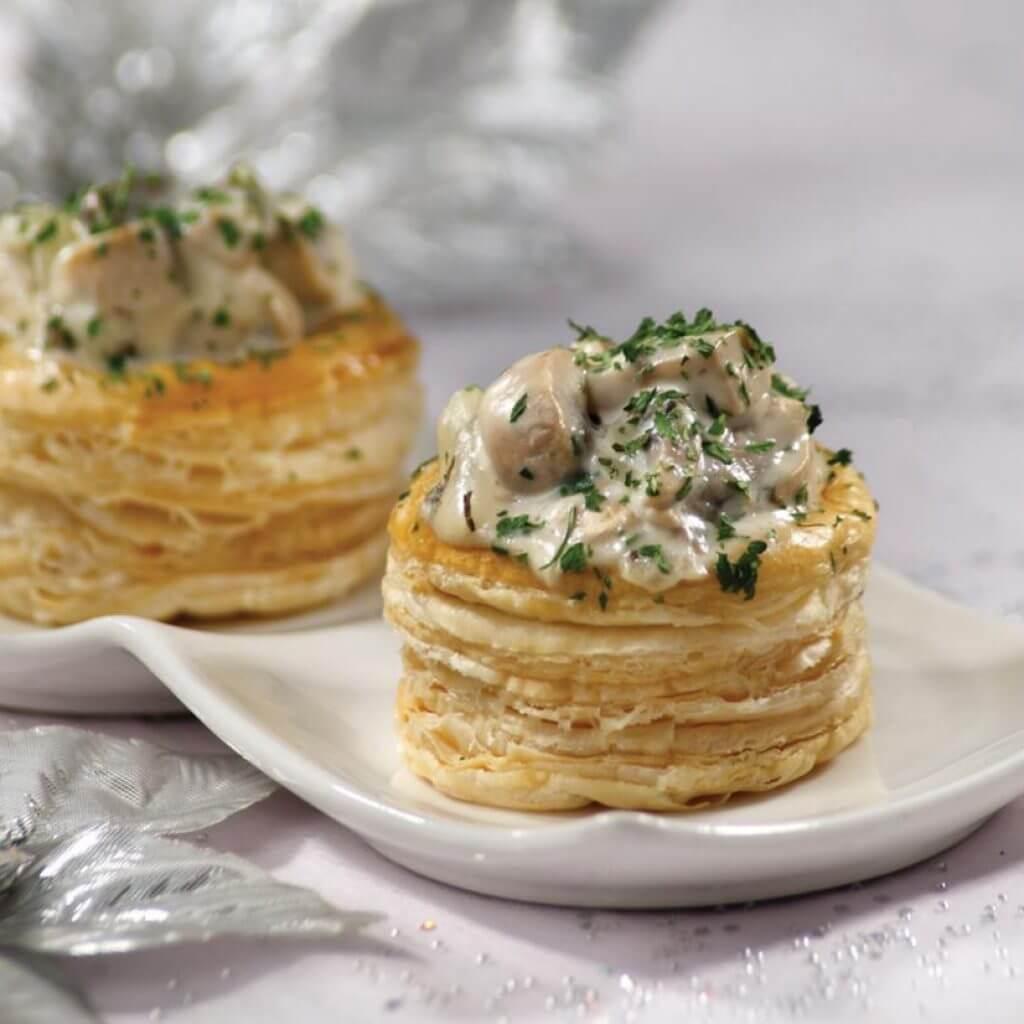 Тарталетки с курицей с грибами и сыром в духовке рецепт
