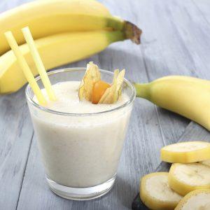 Бананы и молоко