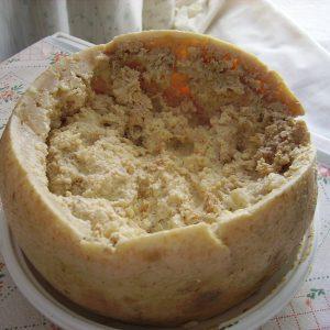 Червивый сыр