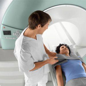 Магнитно-резонансная томография (МРТ) надпочечников