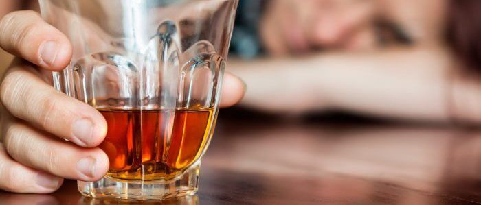 Употребление алкоголя повышает риск развития рака – ученые