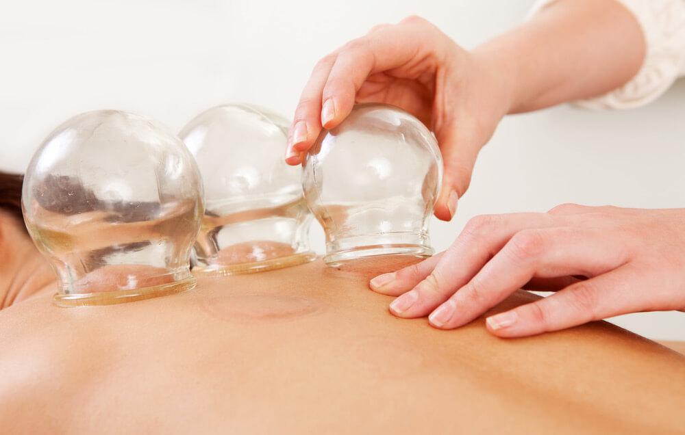 Вакуумный массаж живота банками в домашних условиях