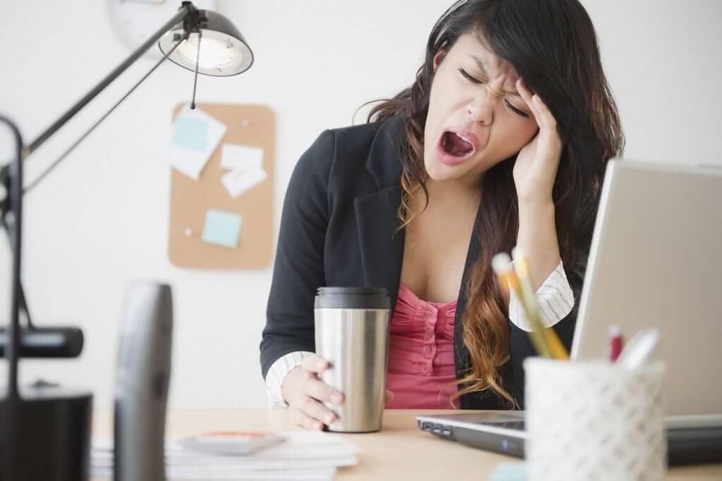 Заторможенность мышления - Причины и лечение