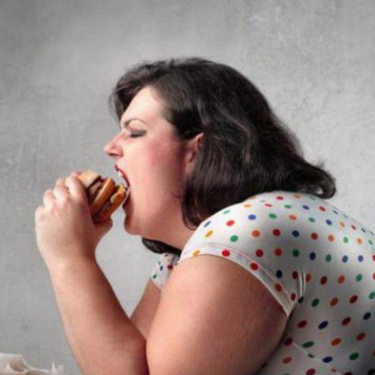 Ученые нашли 200 сбоев в организме из-за ожирения